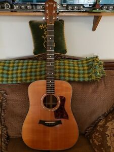 Taylor 710 Rosewood 6 String Acoustic Guitar right OHSC