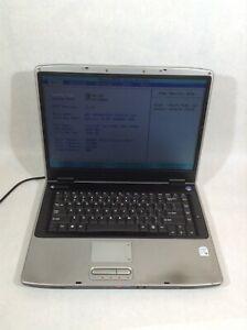 "Gateway M465 15.4"" Laptop Intel Core 2 Duo/500GB HDD/2GB RAM/WinXP - RV"