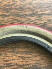1 NEW NATIONAL 4740 OIL / GREASE LIP SEAL