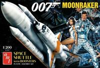 AMT1208 - 1:200 JAMES BOND MOONRAKER SHUTTLE with BOOSTERS