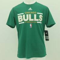 Chicago Bulls Youth Size Official NBA Adidas Athletic T-Shirt New With Tags