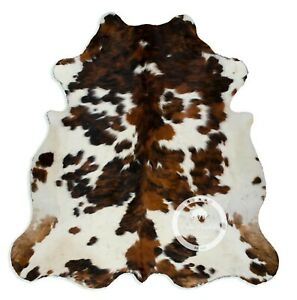 Cowhide Rug - Tricolor High Quality Hair on Hide Size: Large (L) K157