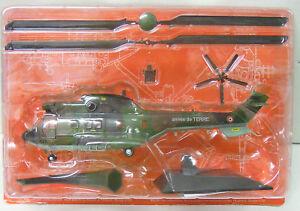 "Aerospatile AS-332 ""Super Puma"", Fertigmodell, Atlas, 1:72, Metall,"