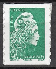 Marianne engagée - Timbre autoadhésif issu de planche- Lettre verte