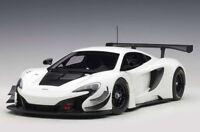 McLaren 650S GT3 (White / Black. Accents) Baujahr 2017 AUTOart 81640 1:18 Neu
