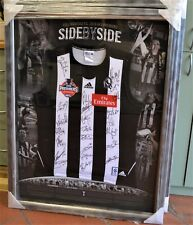 Collingwood 2010 premiership jumper signed by 22 players and coach  with COA