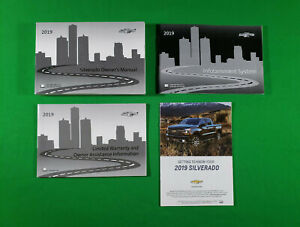 2017 CHEVROLET SILVERADO OWNERS MANUAL 1500 2500 3500 W//NAVI OEM KIT LT LTZ WT