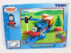 Thomas & Friends Motorized STARTER TRAIN SET Tomy Train & Railroad Track