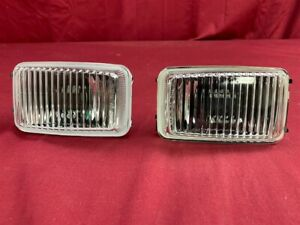 NOS OEM Saturn Chevrolet Beretta Buick Angled Lens Fog Lamp Light PAIR