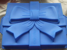 "Silicone Mould Large 11"" x 8"" Present Ribbon Bow Knot Gift Birthday Cake Tin Pan"