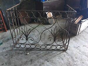 Antico Balcone Inferriata Grata In Ferro Battuto