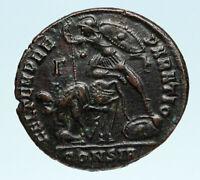 CONSTANTIUS II Authentic Ancient GLADIATOR Style BATTLE SCENE Roman Coin i83530