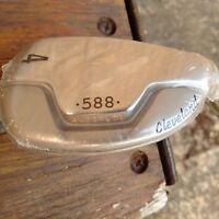 Cleveland 588 Altitude 4 Iron Hybrid Graphite Shaft RH Golf Club.