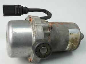 2000 - 2006 AUDI A4 B6 1.8L AT POWER BRAKE BOOSTER VACUUM PUMP 8E0927317 OEM