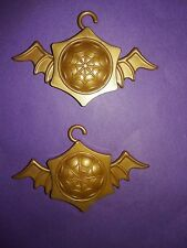 Monster High Doll Spectra 13 Wishes Party Lounge Playset Gold Bat Ornaments