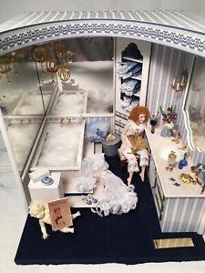 Artist Carol Hylton Miniature Dollhouse Diorama Room Box The Bathroom Lighted