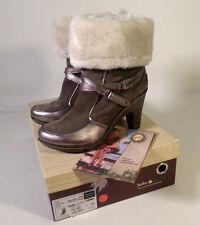 $139 EUC Womens Size 8 JAMBU Tyra Metro Boots in Taupe Suede Foldover Fur Top