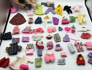 BARBIE/KELLY VINTAGE 13 DOLL LOT WITH 53 Piece CLOTHES CLOTHING