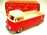 Vintage tinplate and plastic VOLKSWAGEN Pick Up made in Portugal - Boxed