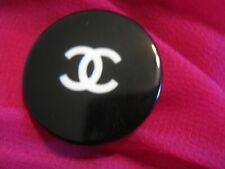 Chanel 1 very pretty button  27mm huge lot 1 black white  CC