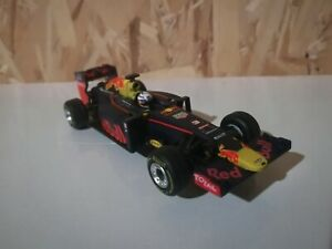 "Carrera Go!!! 1:43 slot car - #64095 Red Bull RB12 ""D.Ricciardo, No.3"""