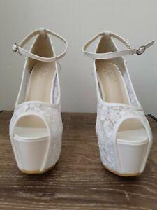 womens heels size 9 NEW