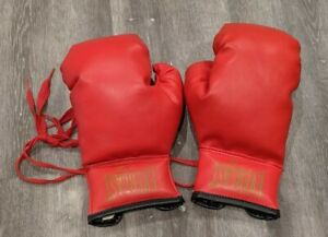 Vintage red made in USA Everlast 7 oz boxing gloves Laced new without tags
