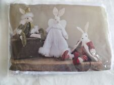 LUNA LAPIN 'FESTIVE FRIENDS' UNOPENED KIT FROM 2020~RABBITY HARES DRESSED~XMAS