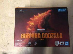 Bandai S.H.Monsterarts Godzilla King of The Monsters Burning Godzilla Exposed