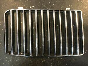 Grilleinsatz links, Jaguar/Daimler XJ40, 3.6, BEC14243, gebraucht