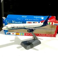 Wooster 423 1:200 scale Airtours Boeing 757-200 plastic model air plane avion