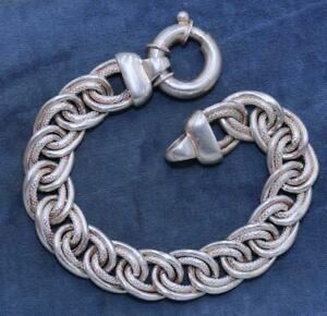 HEAVY MARKED 925 SILVER SNAKE EMBOSSED DOUBLE CURB LINK CHARM BRACELET 28.7G P3