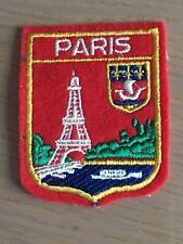 Ecusson blason brodé Paris Tour Eiffel années 60