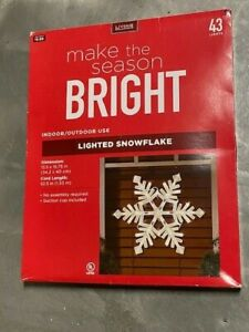 """15"""" Lighted Snowflake Window Decoration with 43 Lights Christmas Winter Holiday"""