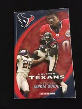 2005 HOUSTON TEXANS MEDIA GUIDE- DAVID CARR ANDRE JOHNSON CAPERS MORENCY WELLS