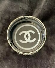 Chanel Style Jewelry Or ashtray