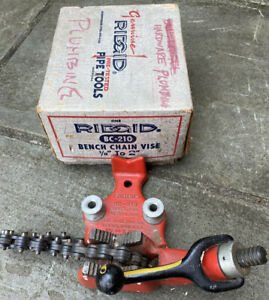"""Vintage RIDGID #BC-210 Pipe Chain Bench Vise Tool (1/8""""-2"""") in Box"""