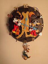 RARE! Disney Animated Talking Pendulum Wall Clock Mickey Mouse Goofy Donald Duck