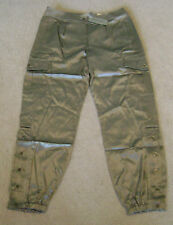 CHICO'S CASABLANCA Cargo Silver Fieldstone Ultimate Fit Pants Size RG 2 NWT $89
