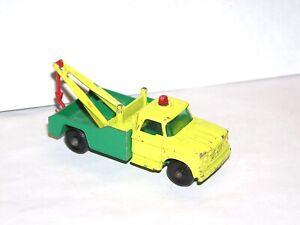 Vintage Matchbox Lesney #13 Dodge Wreck Truck **BLUE LIGHT SPECIAL**