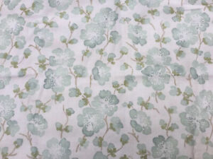 Vtg  Blendworth Penrith Floral Fabric Clearwater Collection 115 x 145cm