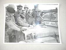 RARE PHOTO ANGLAIS MILITARY POLICE A HAMBOURG 1944/1944