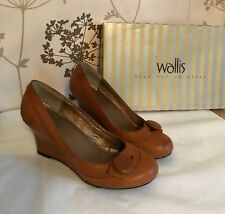 """Wallis"" Wedge Heels, Size 3, Tan faux leather, Button front detail, Immaculate!"