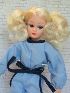 Vintage Action Girl Dollikin Uneeda Doll & Original Outfit Blonde Hair