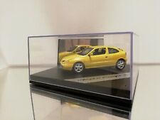 Vitesse Renault megane coupe 16V in the coler Yellow  1:43 MINT with Box