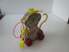 Vintage 1962 Fisher Price Mouse Pull Toy Merry Mousewife with Sweeping Motion 38