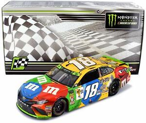 Low Serial #0004 2018  #18 Kyle Busch M&M's Richmond Sweep Cup 1:24 Scale HO