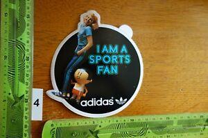 Alter Aufkleber Sport Fußball I AM A SPORTS FAN Kleidung Schuhe ADIDAS