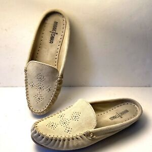 Minnetonka Suede Leather Moccasins Womens Size 8.5 Flats Slip On Beaded