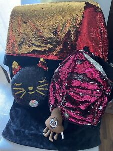 Sequin Blanket, Cat Pillow, Backpack. Sequin Flips From Black To Red/gold Poo 💩